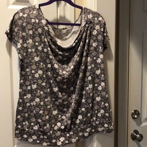 Old Navy Floral Top Size 2x